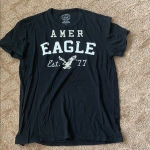 Men's American Eagle black T-shirt